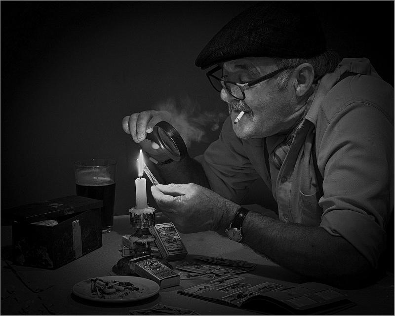 The Cigarette Card Collector by Bob Davies