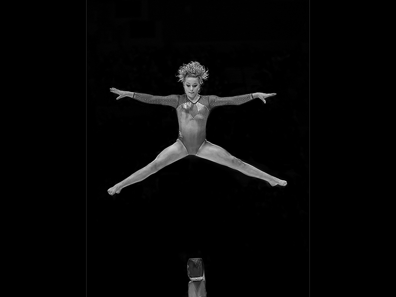 Maise Star Jump on Beam