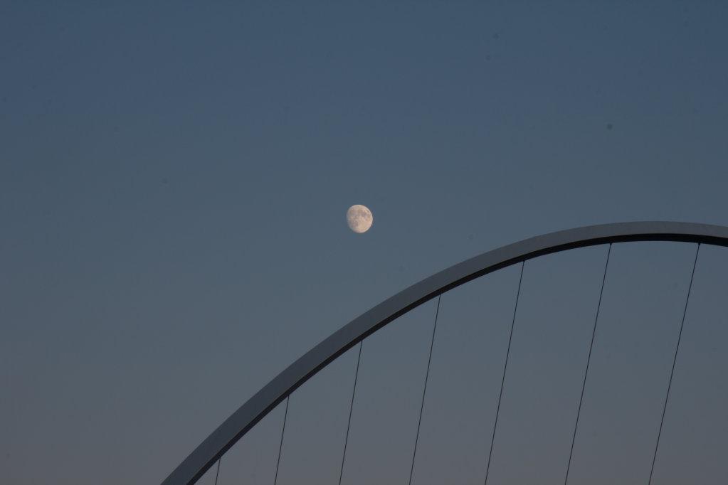 Millenium Bridge and the Full Moon