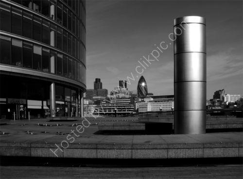 London: South Bank: More London