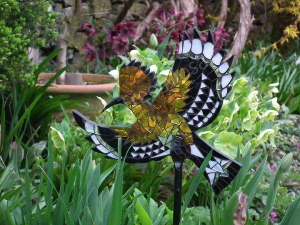 Hoopoe garden mosaic