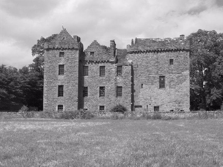 Summer, Huntingtower Castle, mono I.