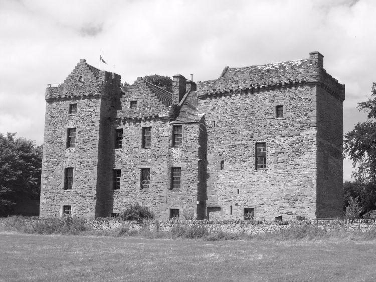 Summer, Huntingtower Castle, mono II.